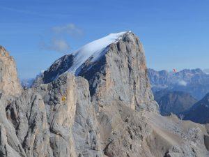 Paragliding XC tutor Dolomites, Italy